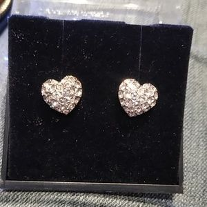 Gorgeous Attwood Sawyer Collection heart earrings